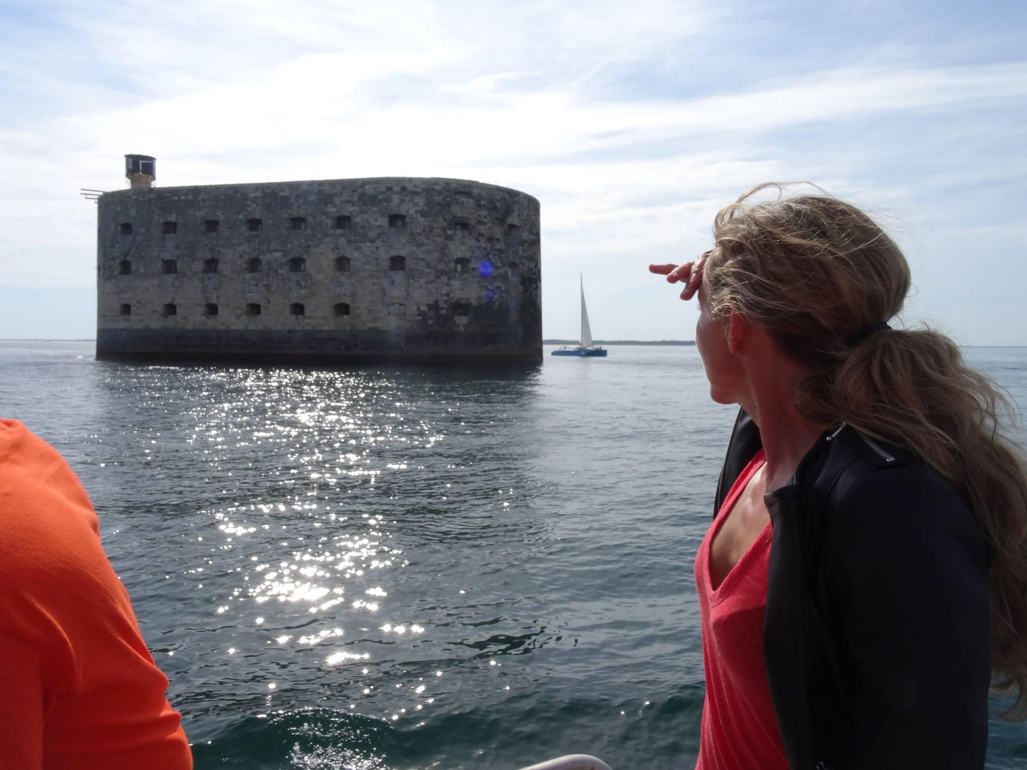 """Téléfilm """"Les Mystères de l'île"""" (2017) - Île d'Aix et Fort Boyard - France 3 14352210"""