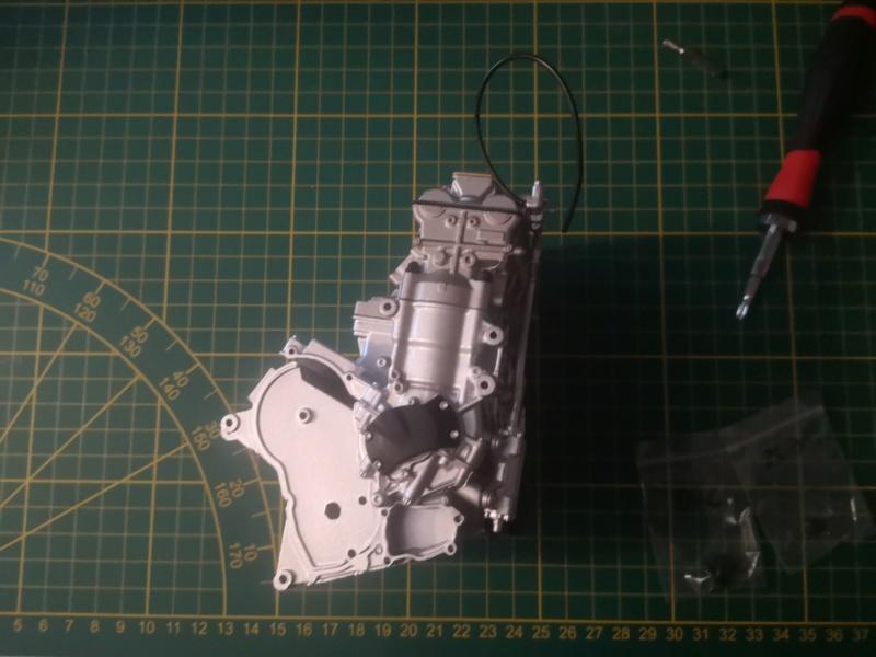 Construisez la moto YZR-M1 de Valentino Rossi en partenariat avec ALTAYA Img_2314