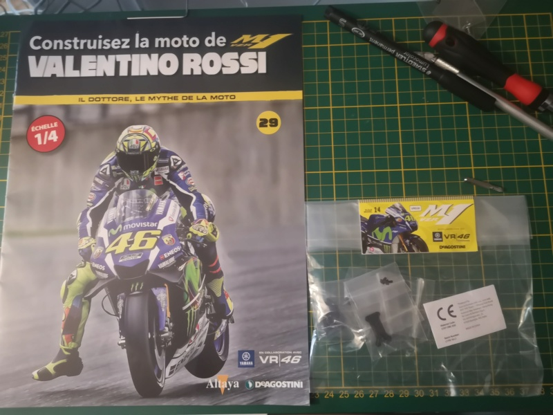 Construisez la moto YZR-M1 de Valentino Rossi en partenariat avec ALTAYA Img_2321