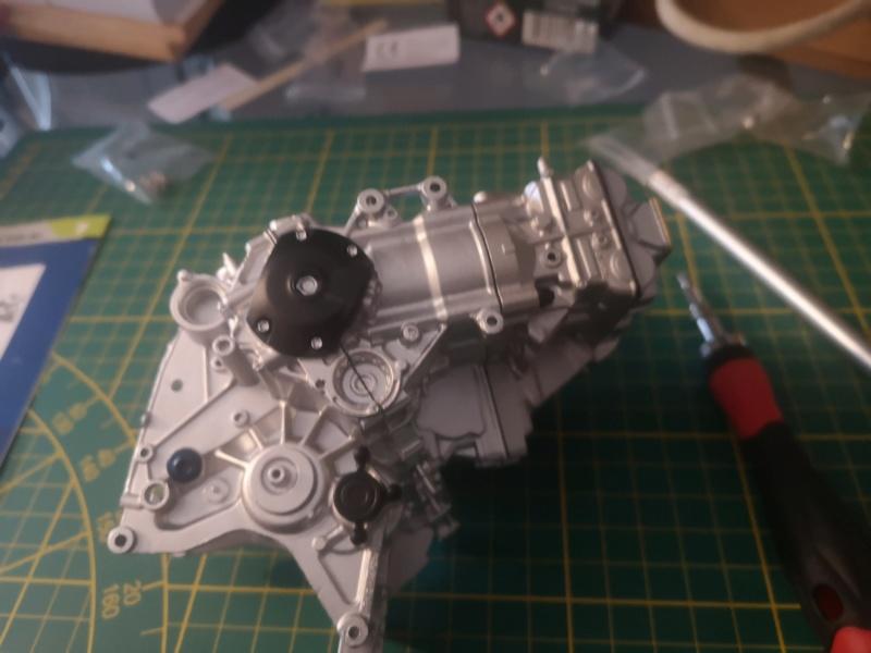 Construisez la moto YZR-M1 de Valentino Rossi en partenariat avec ALTAYA Img_2331
