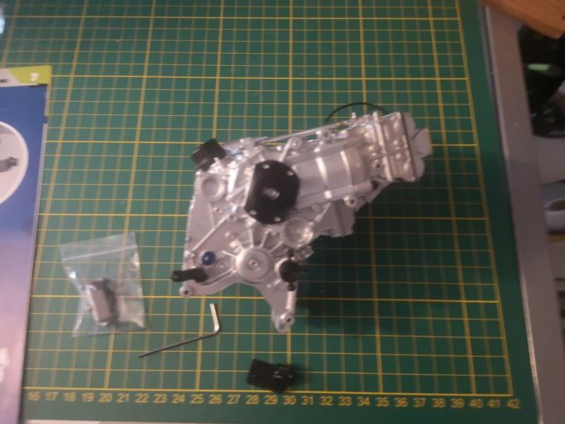 Construisez la moto YZR-M1 de Valentino Rossi en partenariat avec ALTAYA Img_2332