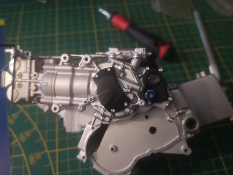 Construisez la moto YZR-M1 de Valentino Rossi en partenariat avec ALTAYA Img_2337