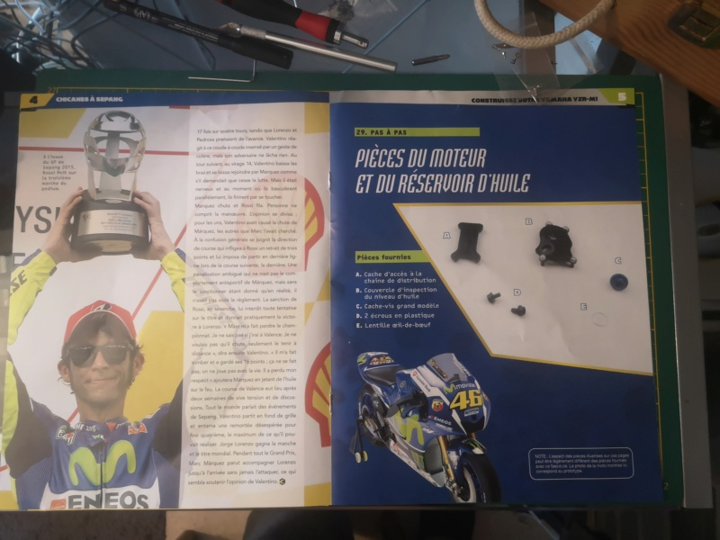 Construisez la moto YZR-M1 de Valentino Rossi en partenariat avec ALTAYA Img_2338