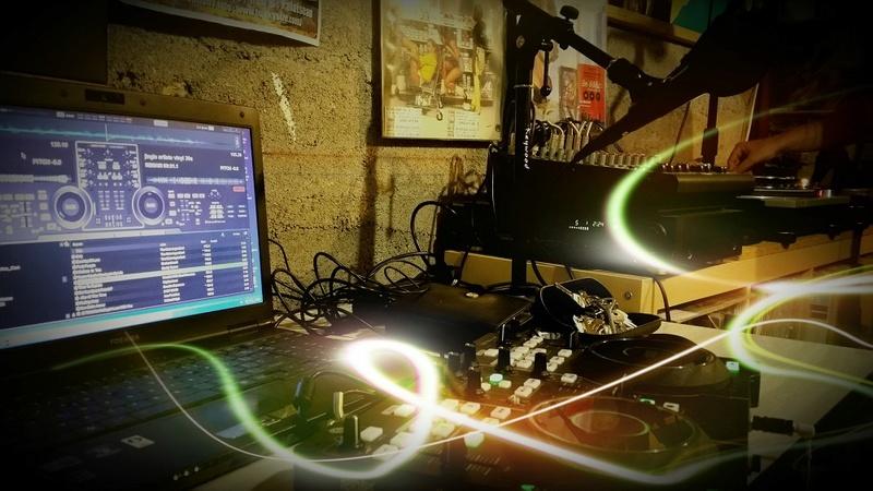 [Radio] FUNKY Session , Dimanche 21h en LIVE ! (2016-2017) 2016-012
