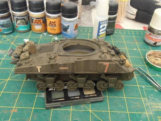 "Sherman Mk III mid prod "" Kiwi "" ( 1/35eme ) - Page 2 P9021412"