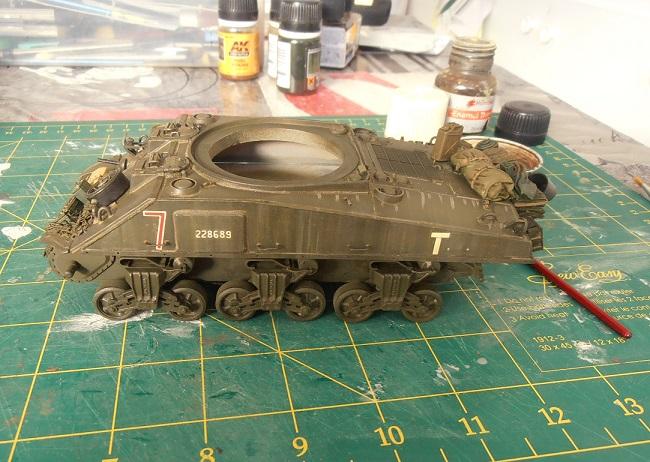 "Sherman Mk III mid prod "" Kiwi "" ( 1/35eme ) - Page 2 P9021413"