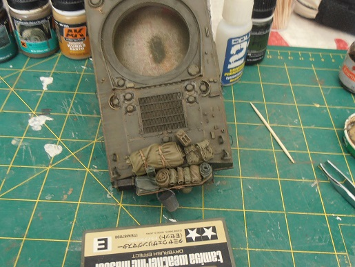 "Sherman Mk III mid prod "" Kiwi "" ( 1/35eme ) - Page 2 P9021417"