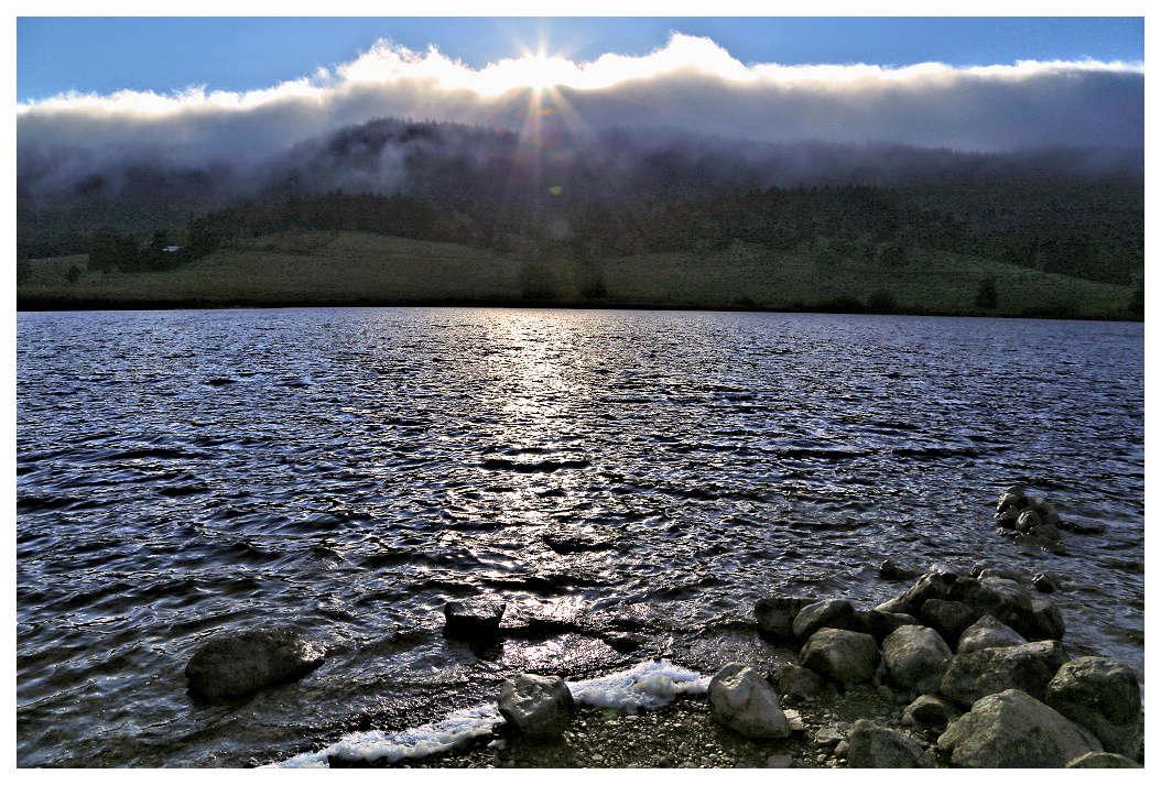 le soleil monte sur le lac Lac10