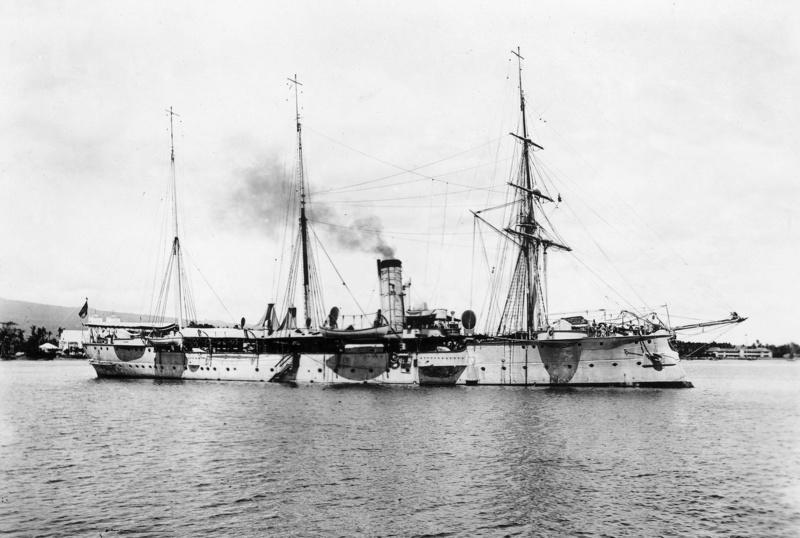 Croiseurs allemands - Page 2 Falke_10
