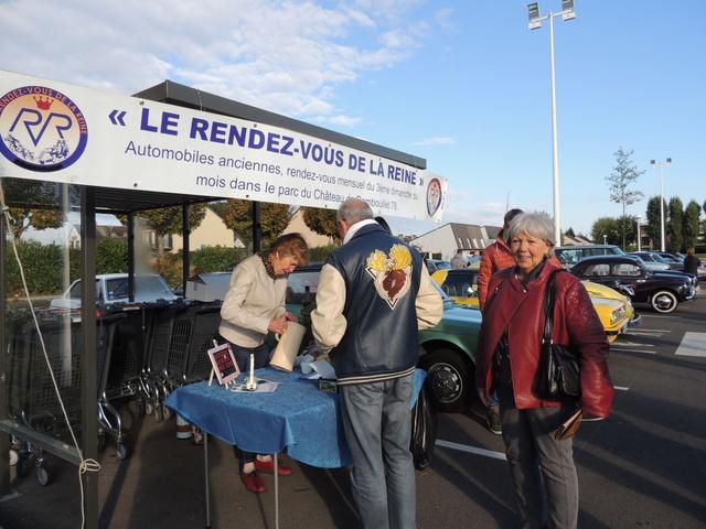 L'association LE RENDEZ-VOUS DE LA REINE - Page 2 Dscn8316