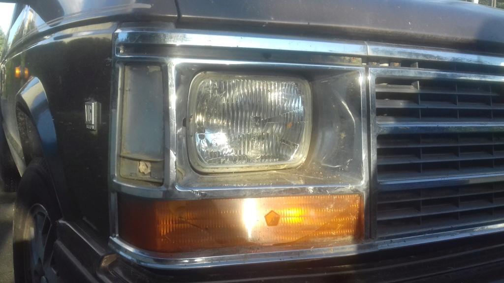 Recherche cabochon droit de corner lamp pour S1 20191017