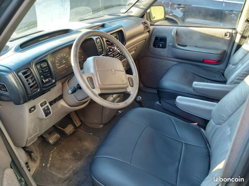 Chrysler Voyager S2 essence sur le bon coin à  390 euros 8f0d5510