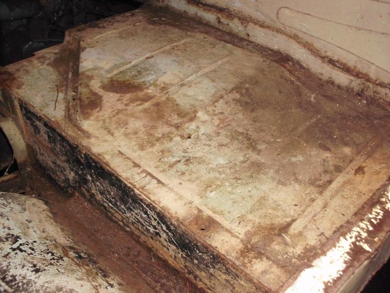 Restauration d'un 411 ça recommence - Page 10 Hpim0810