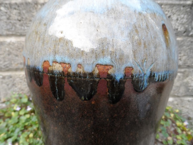 Stoneware vase I.D help - Kit Anderson? Sam_7411