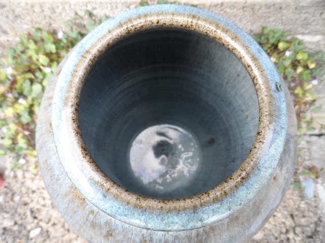Stoneware vase I.D help - Kit Anderson? Sam_7412