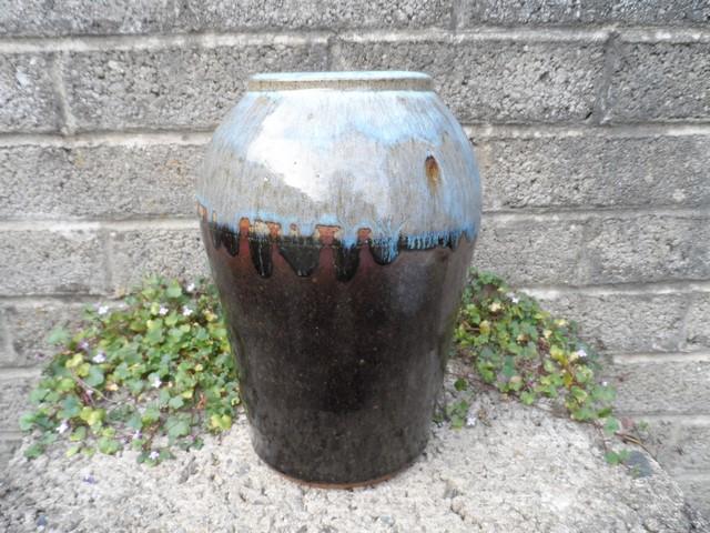 Stoneware vase I.D help - Kit Anderson? Sam_7413