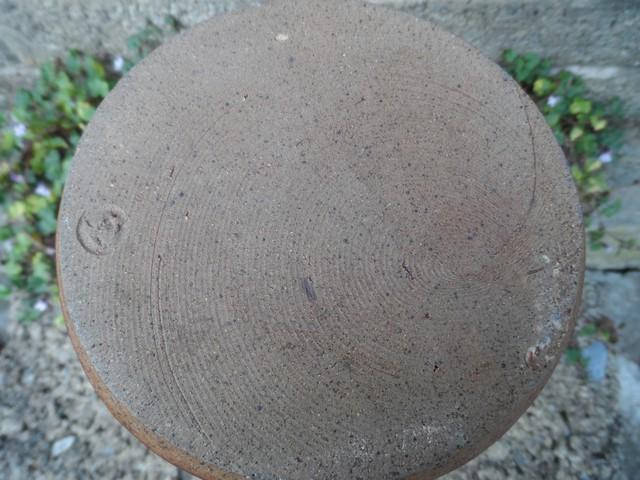 Stoneware vase I.D help - Kit Anderson? Sam_7517