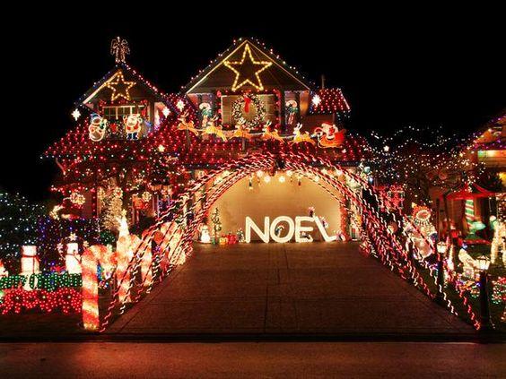 Les illuminations de Noël pour les fêtes 2.015   2.016 ! - Page 11 3e246a10