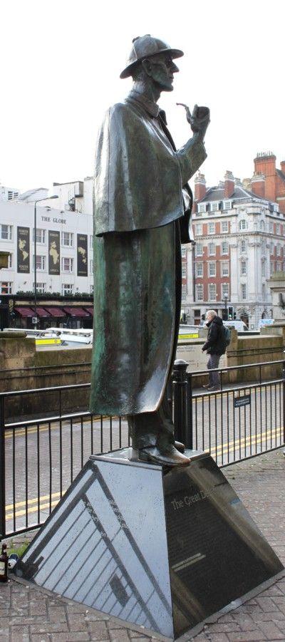 Des statues amusantes ! - Page 3 9a727310