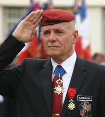 Le général Piquemal radié des cadres de l'armée - Page 2 56b72310