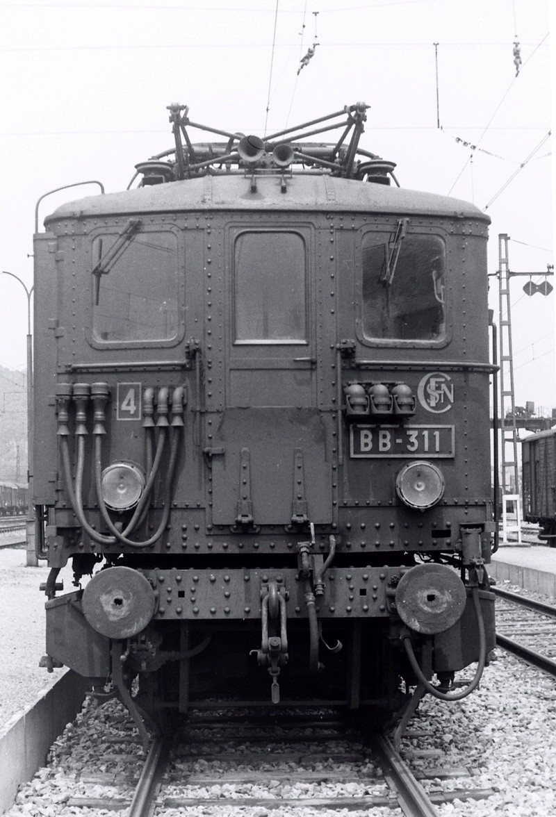 Pk 082,2 : Gare de Foix  (09) - La Saga Verte de Jean Louis Bb-30010