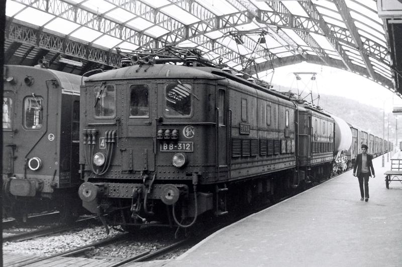 Pk 082,2 : Gare de Foix  (09) - La Saga Verte de Jean Louis Bb-30014