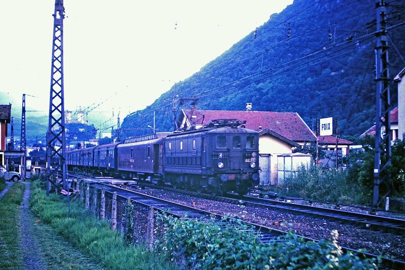 Pk 082,2 : Gare de Foix  (09) - La Saga Verte de Jean Louis - Page 5 Bb-30020
