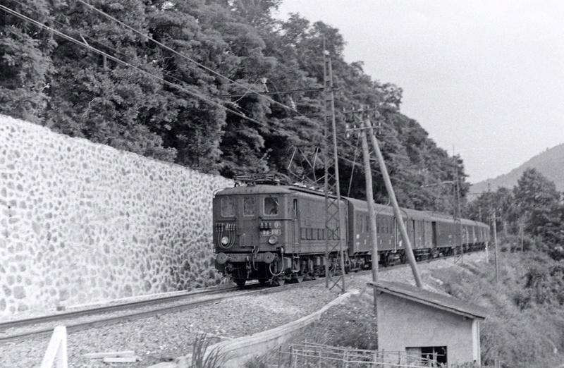 Pk 082,2 : Gare de Foix  (09) - La Saga Verte de Jean Louis Bb-31011