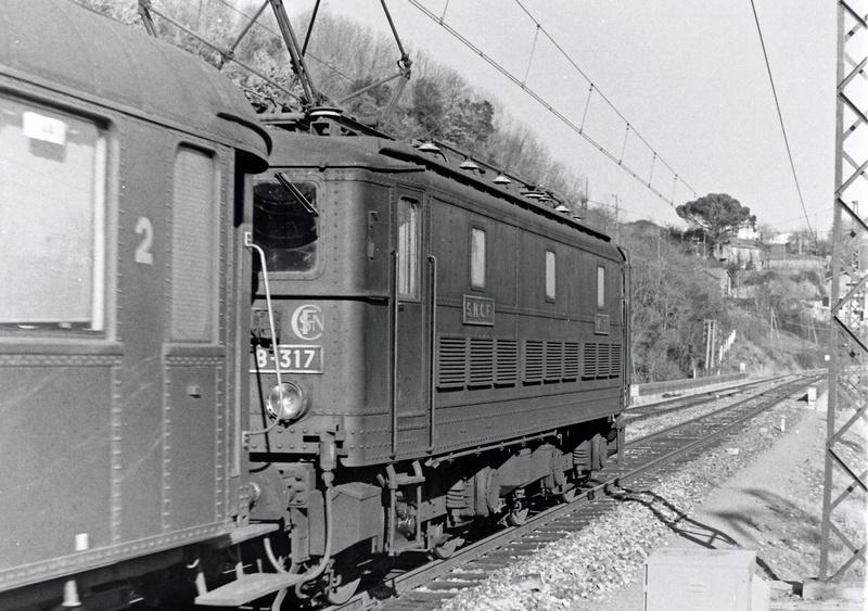 Pk 082,2 : Gare de Foix  (09) - La Saga Verte de Jean Louis Bb-31710