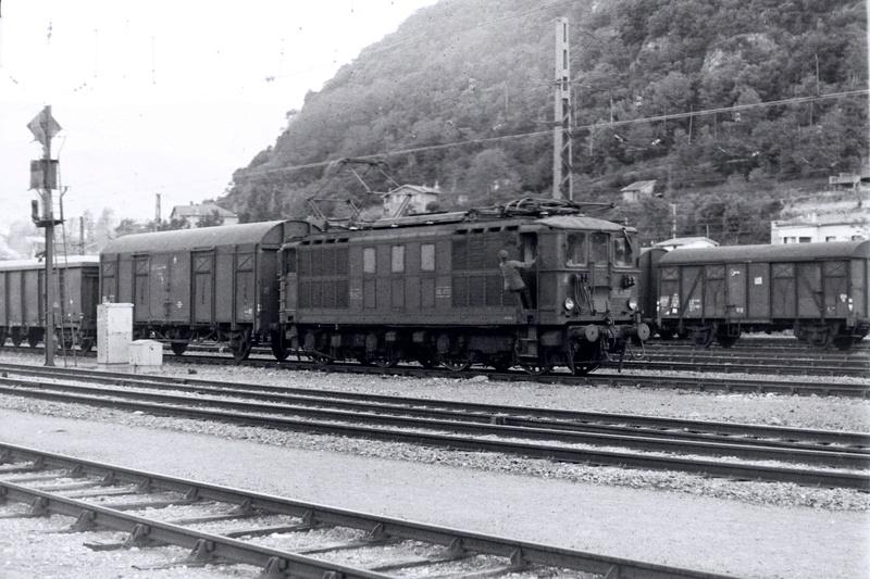 Pk 082,2 : Gare de Foix  (09) - La Saga Verte de Jean Louis - Page 2 Bb-41020