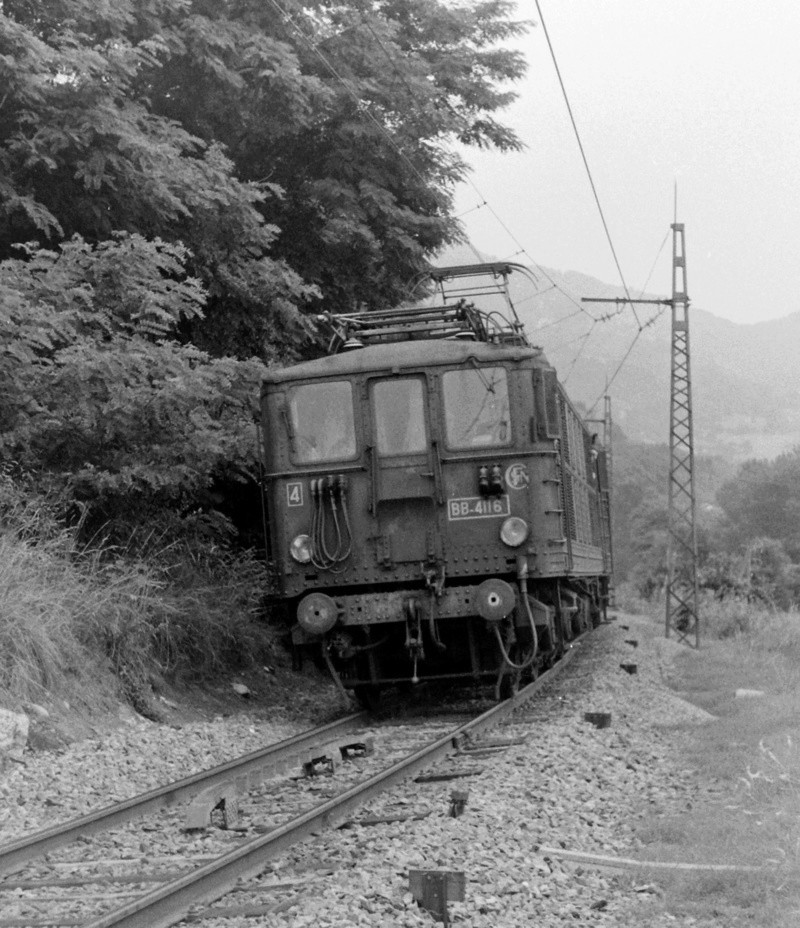 Pk 082,2 : Gare de Foix  (09) - La Saga Verte de Jean Louis - Page 3 Bb-41026