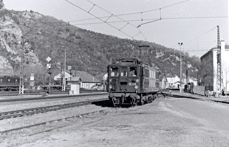 Pk 082,2 : Gare de Foix  (09) - La Saga Verte de Jean Louis - Page 3 Bb-41029
