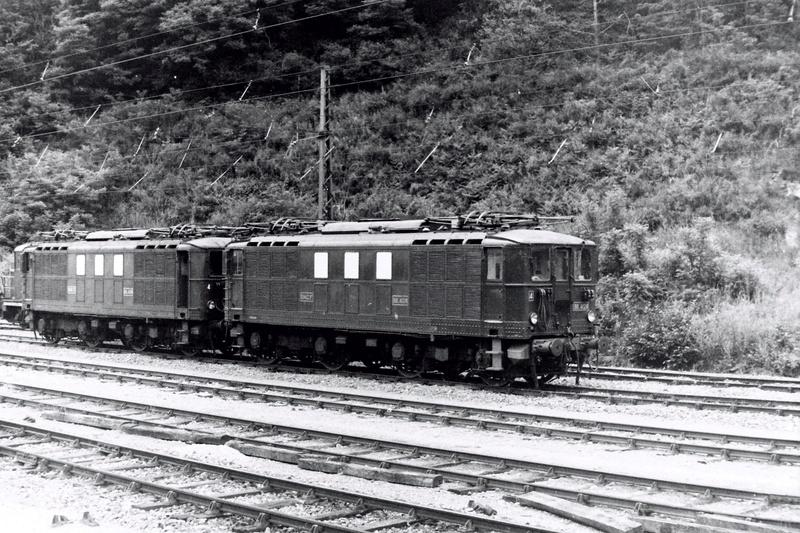 Pk 082,2 : Gare de Foix  (09) - La Saga Verte de Jean Louis - Page 3 Bb-41030