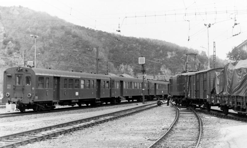 Pk 082,2 : Gare de Foix  (09) - La Saga Verte de Jean Louis - Page 2 Bb-41310