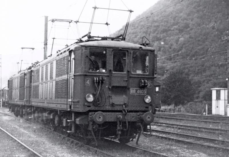 Pk 082,2 : Gare de Foix  (09) - La Saga Verte de Jean Louis - Page 4 Bb-46012