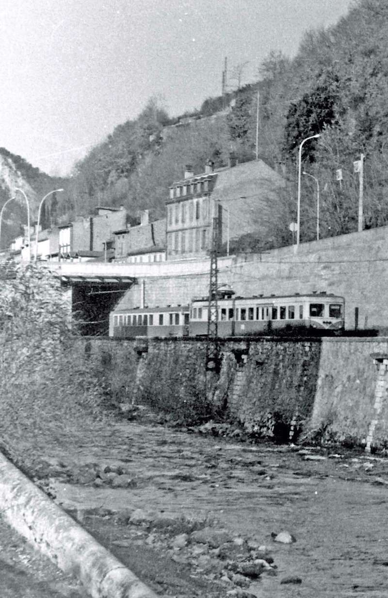 Pk 082,2 : Gare de Foix  (09) - La Saga Verte de Jean Louis - Page 2 Z-710011