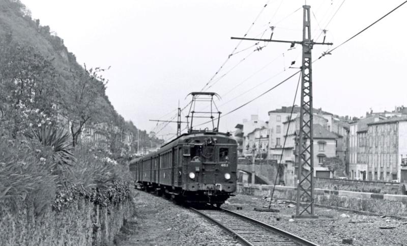 Pk 082,2 : Gare de Foix  (09) - La Saga Verte de Jean Louis - Page 3 Z4100-10