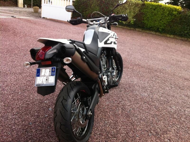 changement de moto... - Page 3 Img_0415