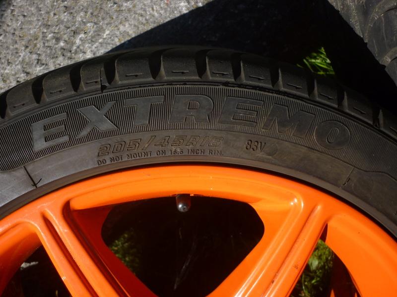 """Jantes Racing Alessio 16"""" (avec pneus) P1030619"""
