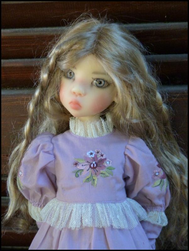 ma Miki Ophelie  dans son boudoir et en mauve P2 - Page 2 P1480019