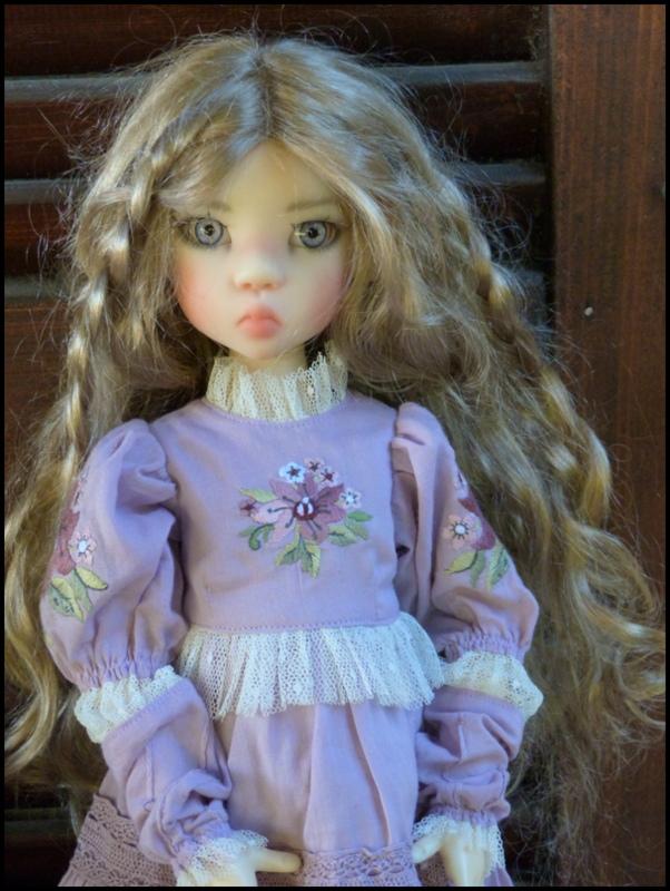 ma Miki Ophelie  dans son boudoir et en mauve P2 - Page 2 P1480022