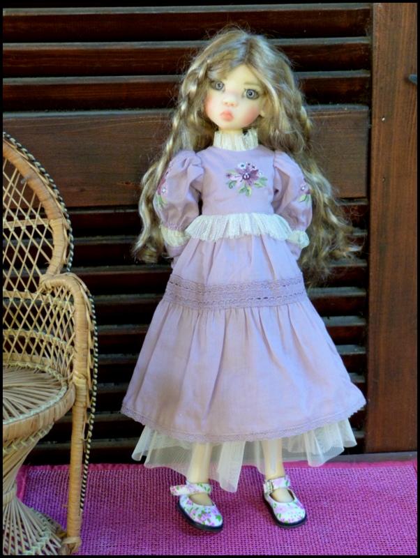 ma Miki Ophelie  dans son boudoir et en mauve P2 - Page 2 P1480024