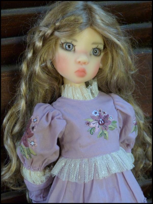 ma Miki Ophelie  dans son boudoir et en mauve P2 - Page 2 P1480025