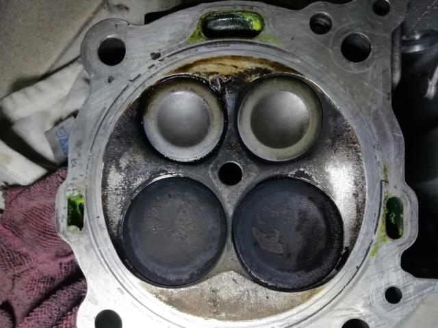 KTM SXF 450 2007 - Démontage moteur Sortie10