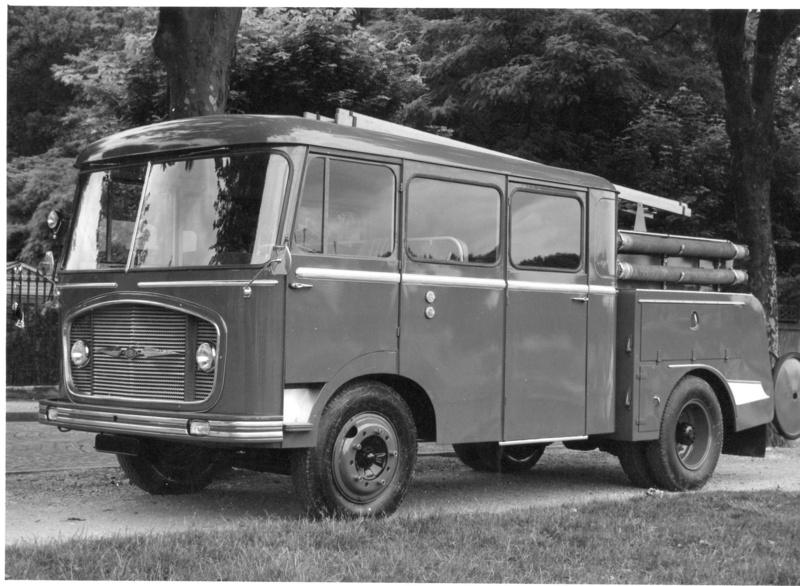 """2011 - Hachette Collections > """"Camions et véhicules de Sapeurs Pompiers au 1/43"""" >> 2014 - Page 2 Photo_10"""