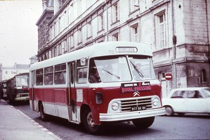 """2014 - Hachette Collections > """"Autobus & Autocars du Monde au 1/43 !"""" U551010"""