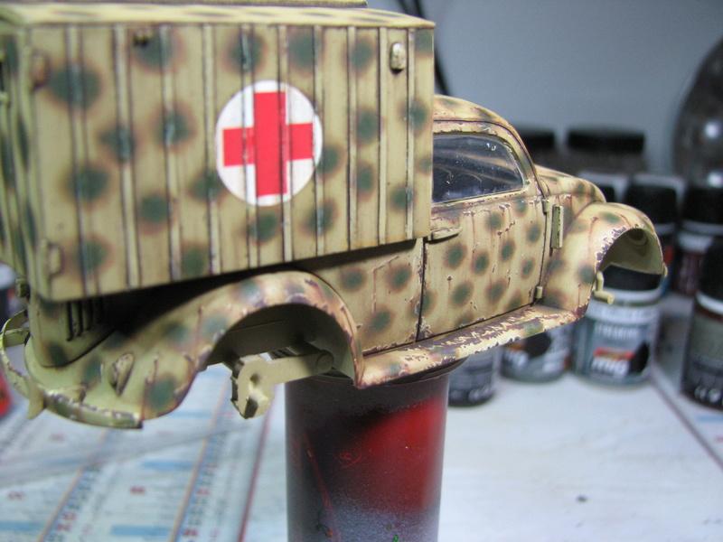 Coccinelle ambulance CMK  , figurines et photodécoupe  - 1/35 - Page 2 Img_5039