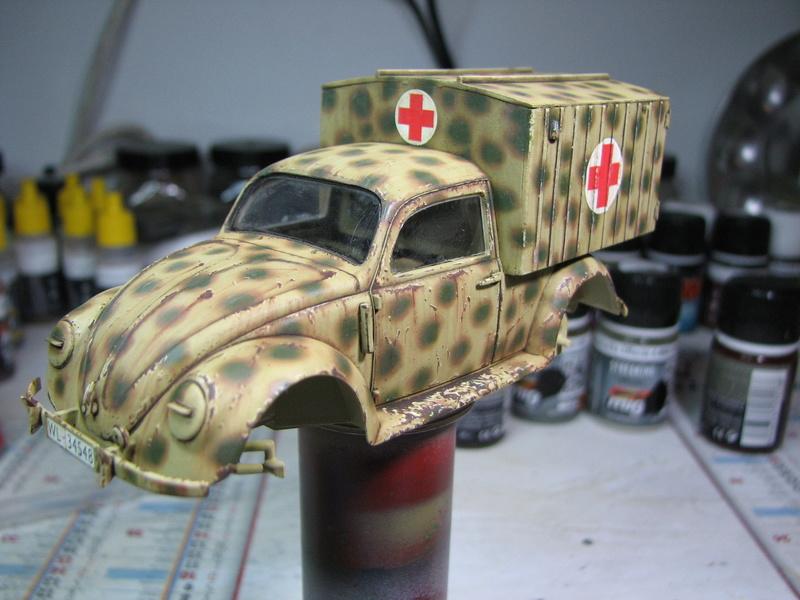 Coccinelle ambulance CMK  , figurines et photodécoupe  - 1/35 - Page 2 Img_5041