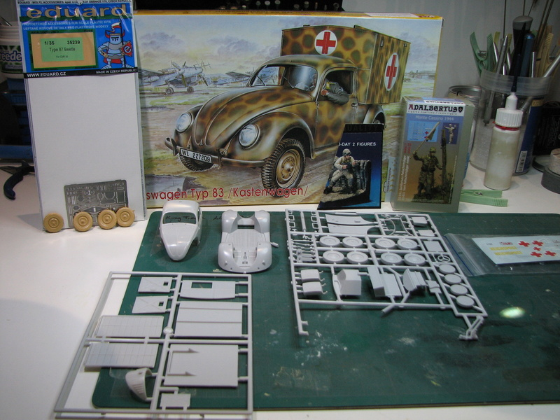 Coccinelle ambulance CMK  , figurines et photodécoupe  - 1/35 Kit_110