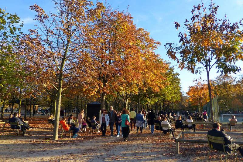 Choses vues dans le jardin du Luxembourg, à Paris - Page 5 Dernie12